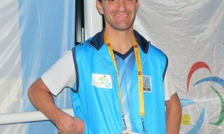 Rodrigo López, abanderado y orgullo nacional