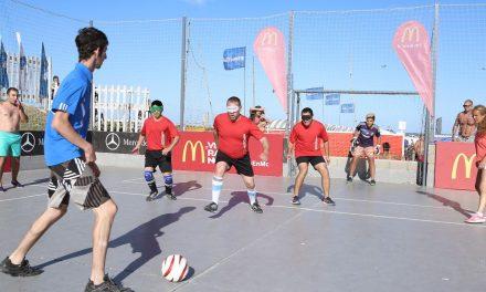 El Balneario 12 vibró con una exhibición de fútbol 5 para ciegos organizada por McDonald's