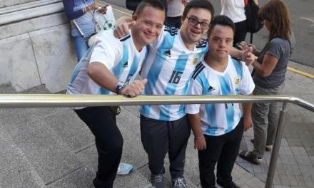 Fútbol: Rosario homenajeó a tres integrantes de la Selección Argentina de síndrome de down