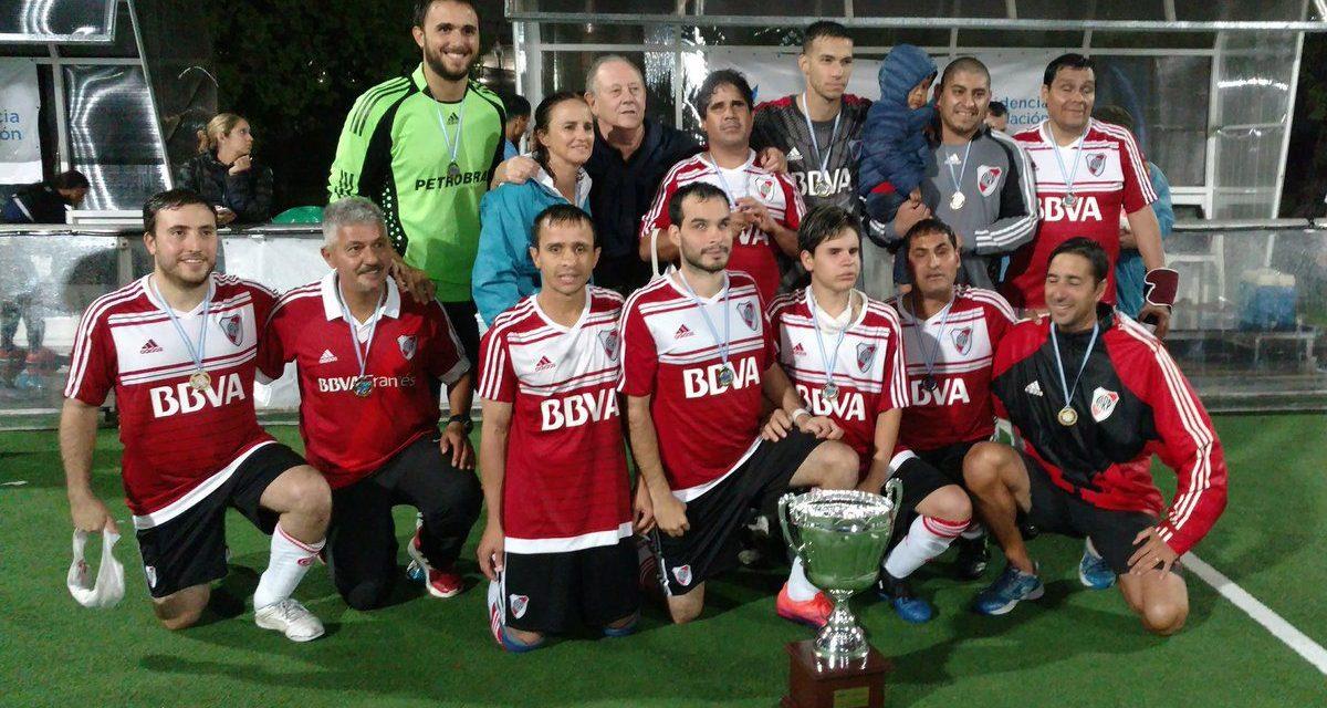 Fútbol para ciegos: ¡River, campeón de la Liga Nacional!