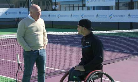 Tenis adaptado: Gustavo Fernández se entrenó en el CENARD