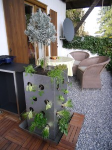 MaagDesign-Kubi-Mini-V2A-Balkon