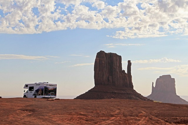 onument Valley Camper