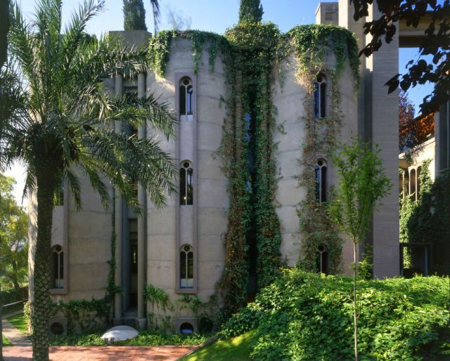 cement-factory-renovation-la-fabrica-ricardo-bofill-58b3ee8648912__880