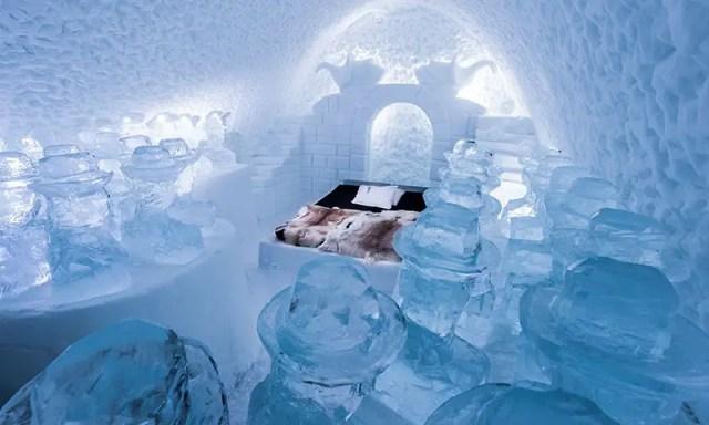 Ice hotel art suite 2