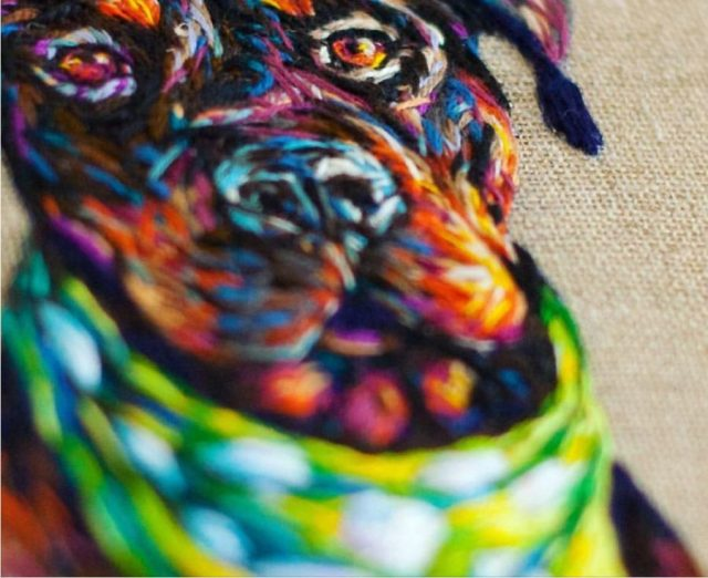Borduurkunst hond Fiance Knowles