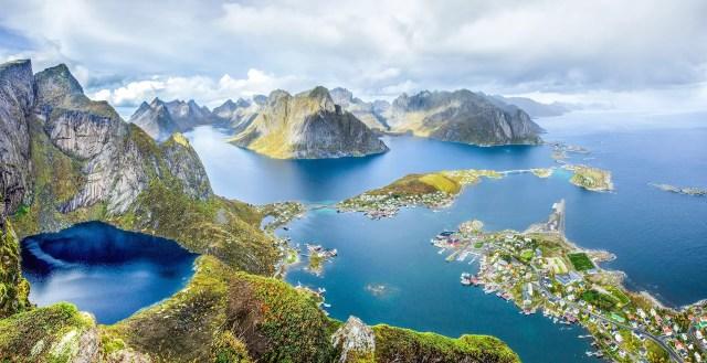 7 droomplekken langs de Noorse kust waar je langsvaart met de Hurtigrutenboot