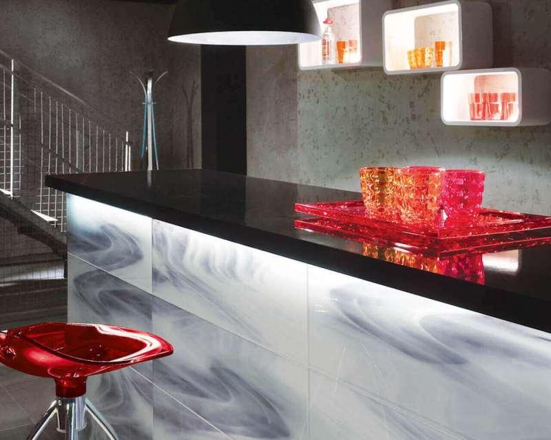 aranzacja-nowoczesnej-kuchni-uniwersalne-dekoracje-szklane-20x75-ceramika-paradyz