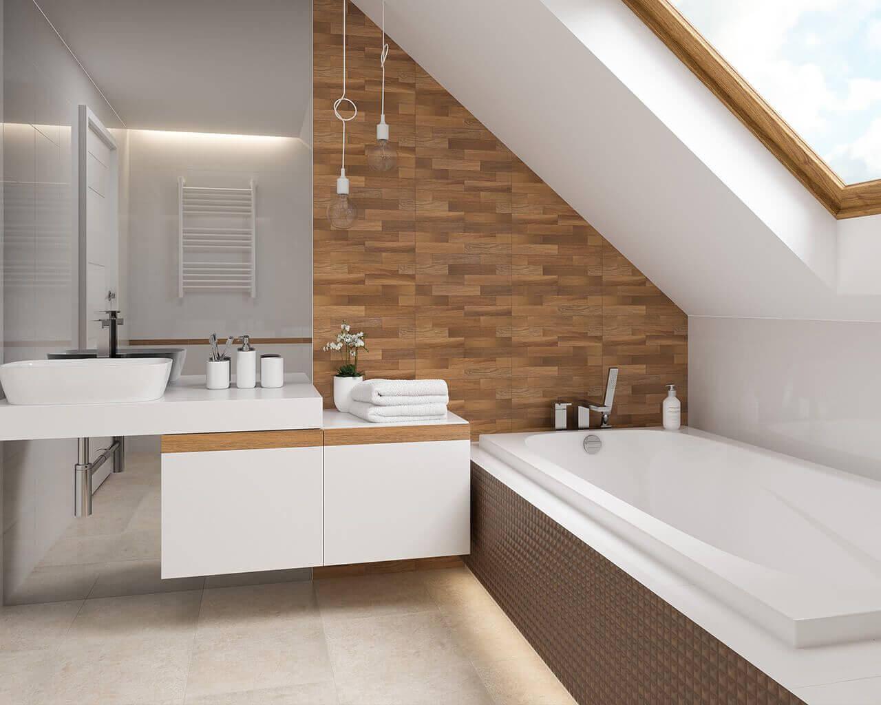 чердачной ванной-в-древесно-чердак