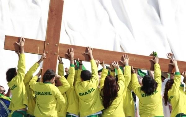 9445  cross wyd jpg Symbole Światowych Dni Młodzieży w Szydłowcu