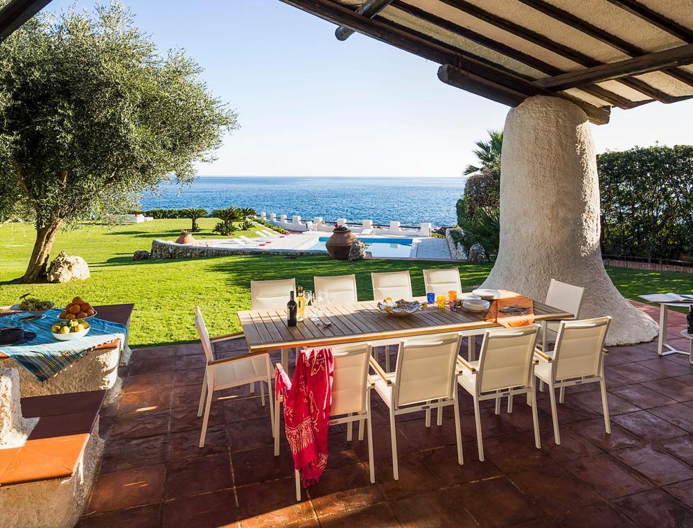 paragon luxury villas