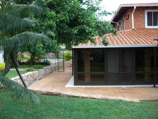 Haus-in-Lambare7.jpg