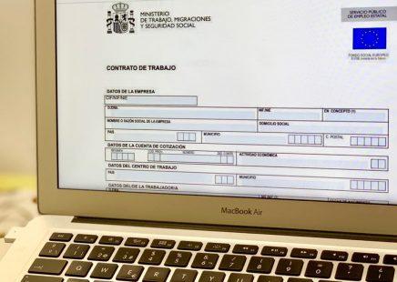 Empleo ejemplo de contrato de trabajo fondo social europeo