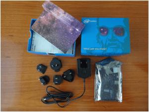 Conteúdo da caixa da Intel Galileo