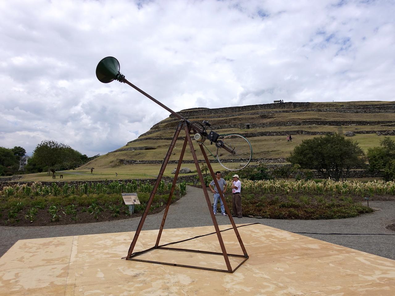 José Carlos Martinat (Perú). Premio de la XIII Bienal de Cuenca.