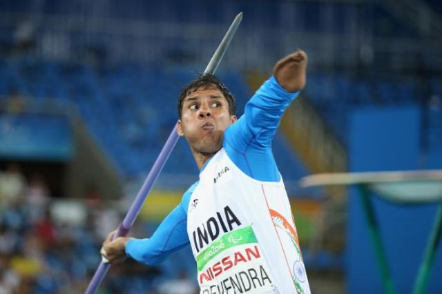 Indian Paralympic athlete Devendra Jhajharia throwing the javelin