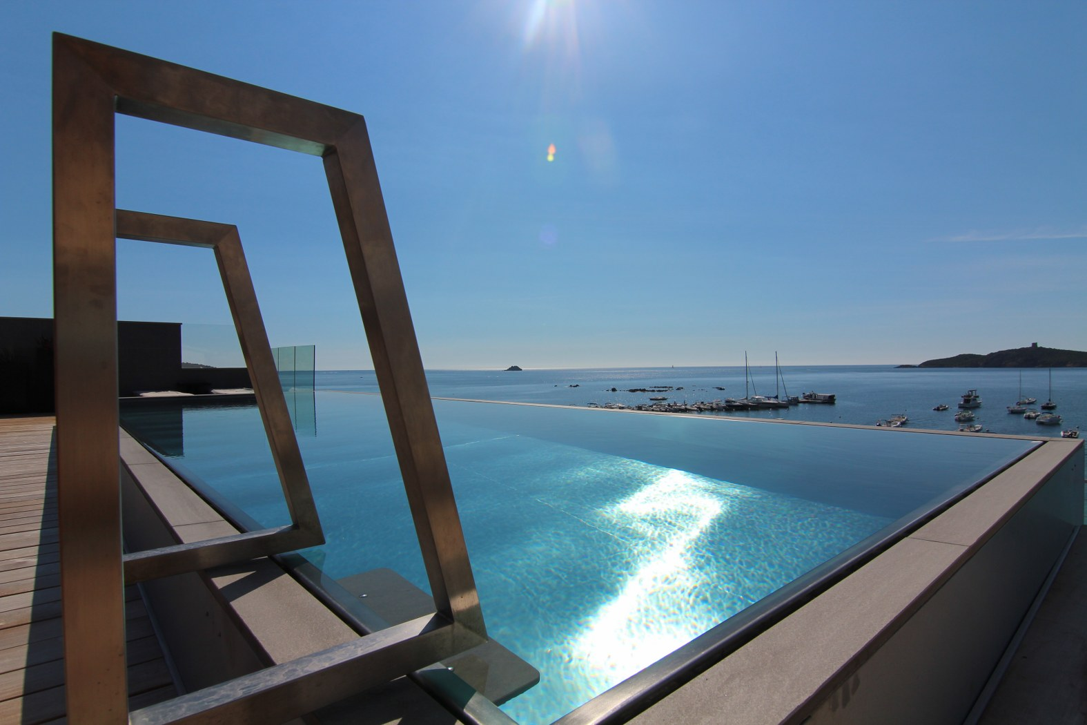 Luxe Stainless Steel Pools