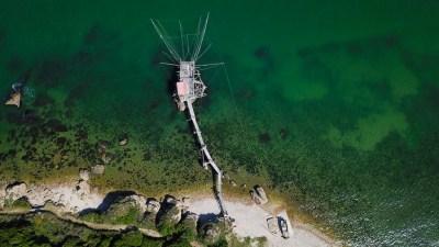 trabocco grotta del saraceno foto aerea