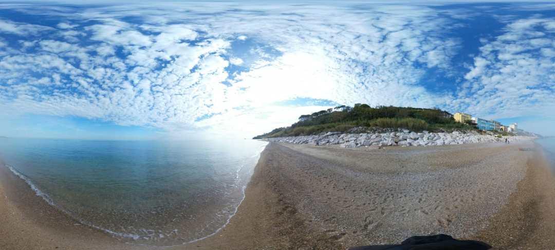 Spiaggia Rocco Mancini di San Vito Chietino vicino al trabocco Punta Fornace