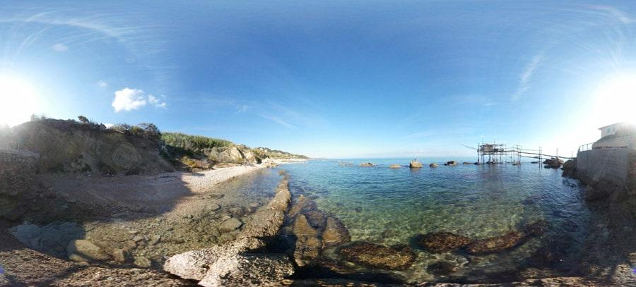 Spiaggia Punta Tufano rocca