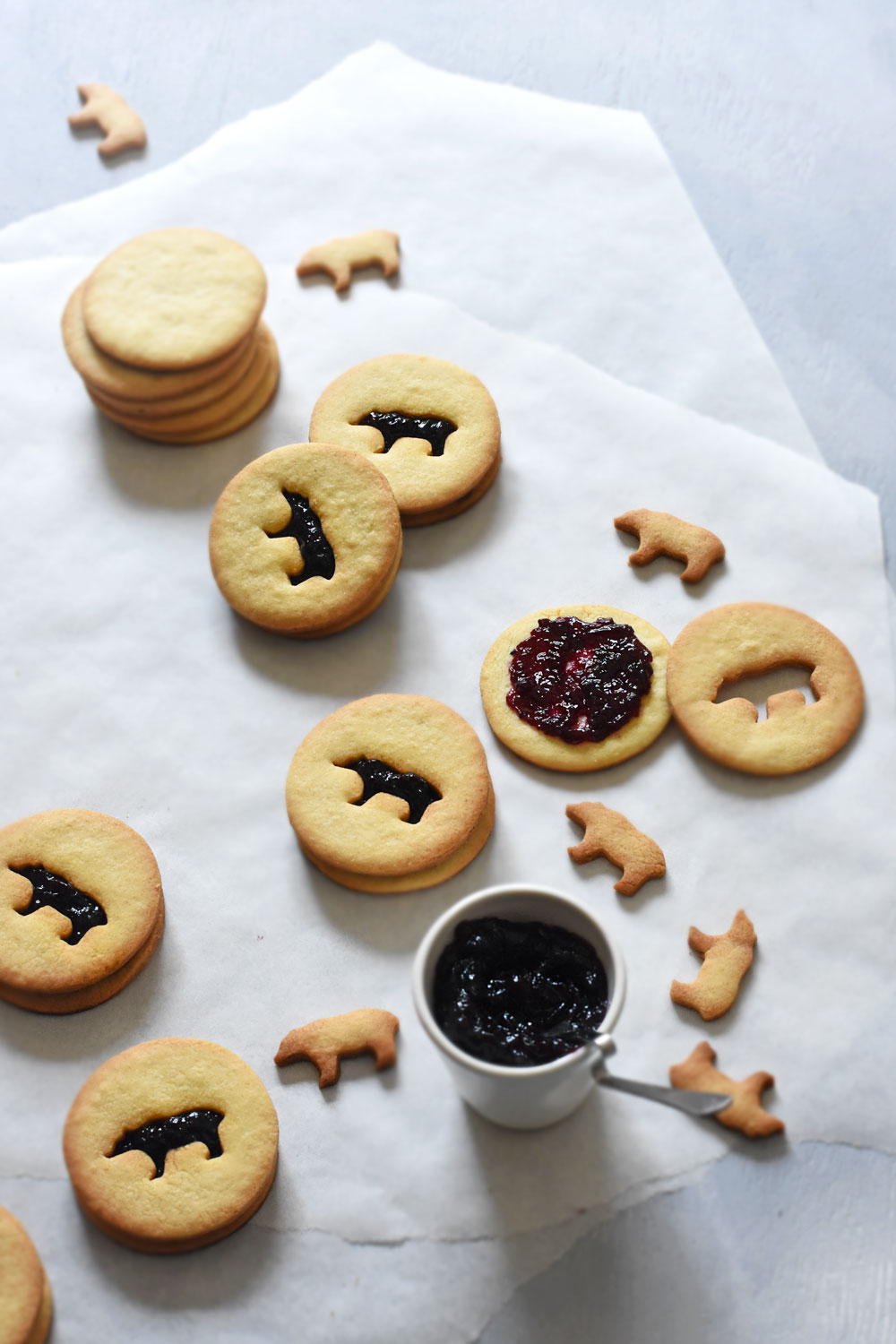almond-blueberry-linzer