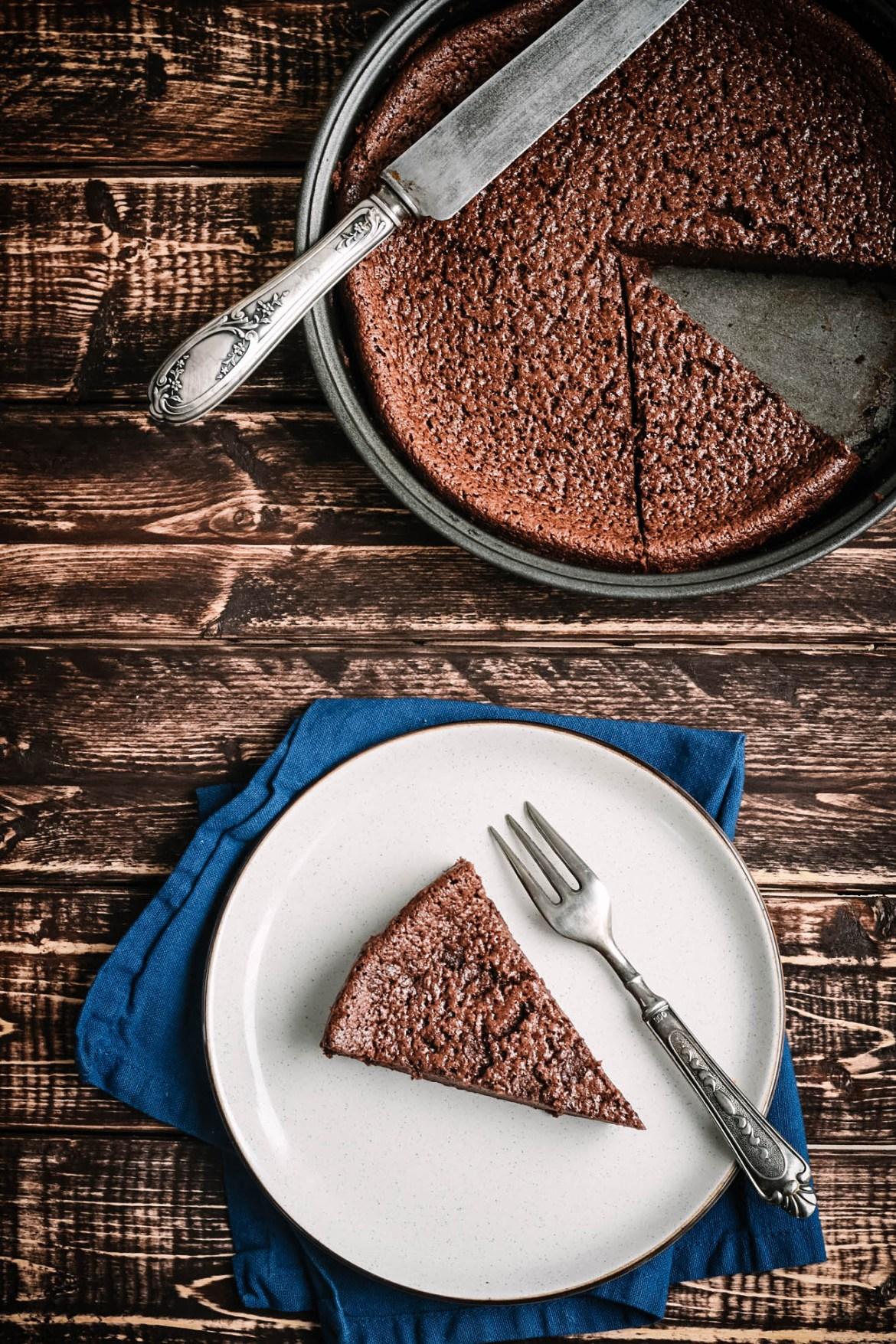 Buttermilk Chocolate Fondant Cake