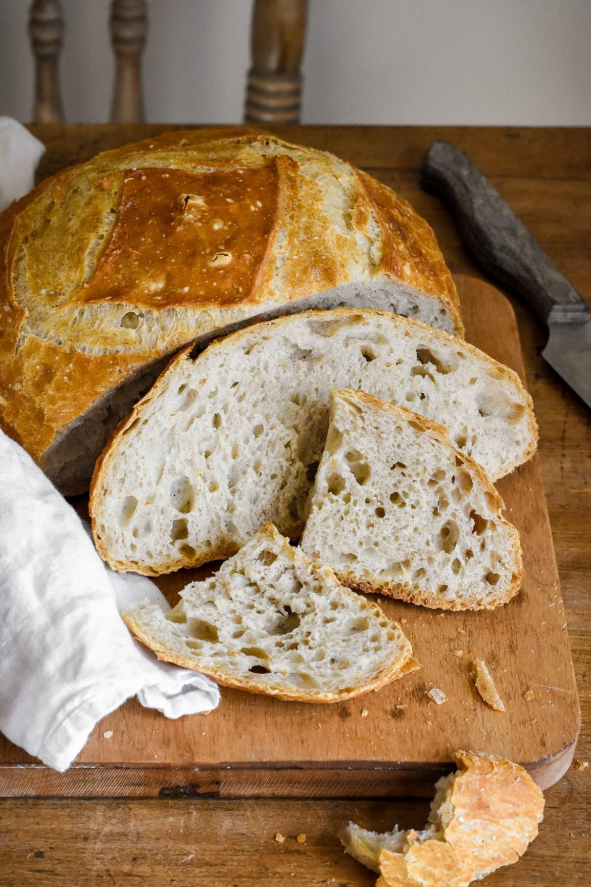 Overnight No-knead Bread