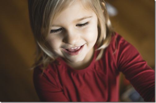 Un enfant qui s'exprime