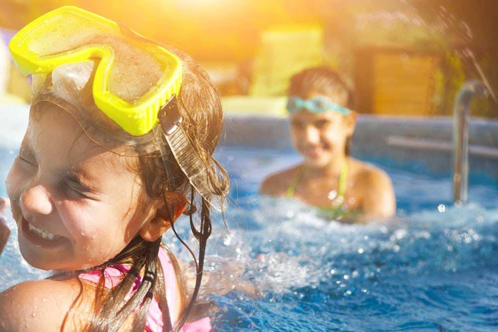 Have A Child? What You Need To Know About Teaching Them How To Swim