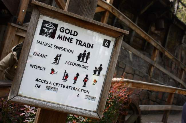 Gold Mine Train - Nigloland (4)