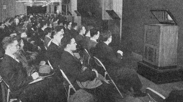 1938 : des télé-professeurs