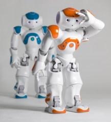 Pepper est le grand frère du célèbre (et charmant) petit robot Nao.