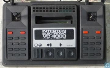 Console Interton VC 4000