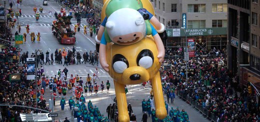Finn & Jake dans la parade de Thanksgiving de 2014