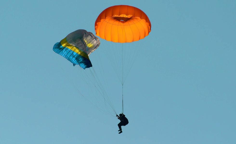 photo parachute de secours
