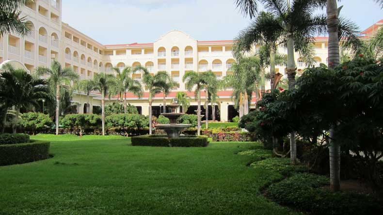 Parenthood and Passports - RIU Guanacaste