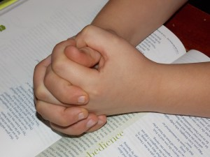 5 Ways to Make It Easier to Teach Your Kids the Bible - Parenting Like Hannah