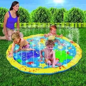 baby-play-with-Banzai-54in-Diameter-Sprinkle-and-Splash-Play-Mat