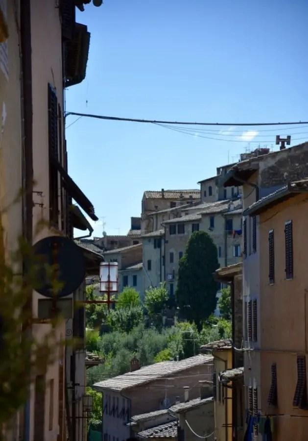 Voyage en Italie avec des enfants blog-de-voyage-voyage-en-famille-parents-blog-de-maman-voyage-avec-bebe-destination-enfants-roadtrip-italie-toscane-sienne-san-gimignano-volterra-farniente-city-trip-mamanthumb_dsc_0115