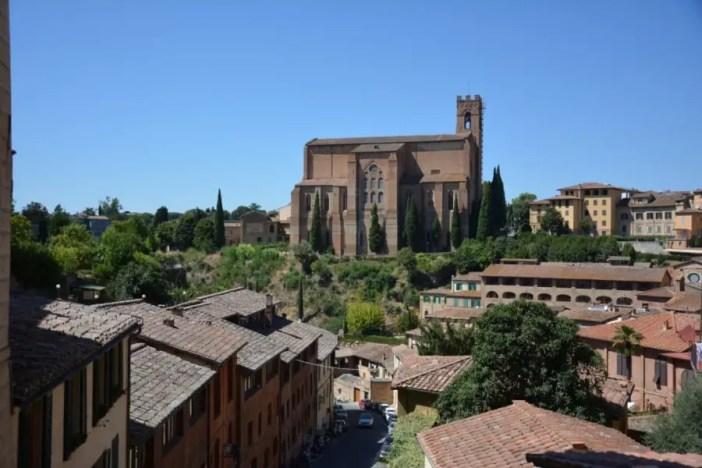 blog-de-voyage-voyage-en-famille-parents-blog-de-maman-voyage-avec-bebe-destination-enfants-roadtrip-italie-toscane-sienne-san-gimignano-volterra-farniente-city-trip-mamanthumb_dsc_0212