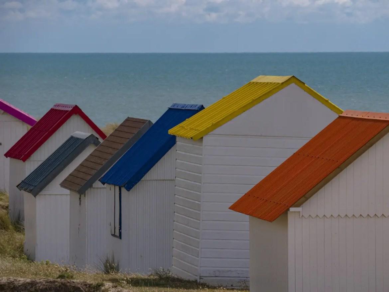 les cabanons de Gouville-sur-Mer sur mer