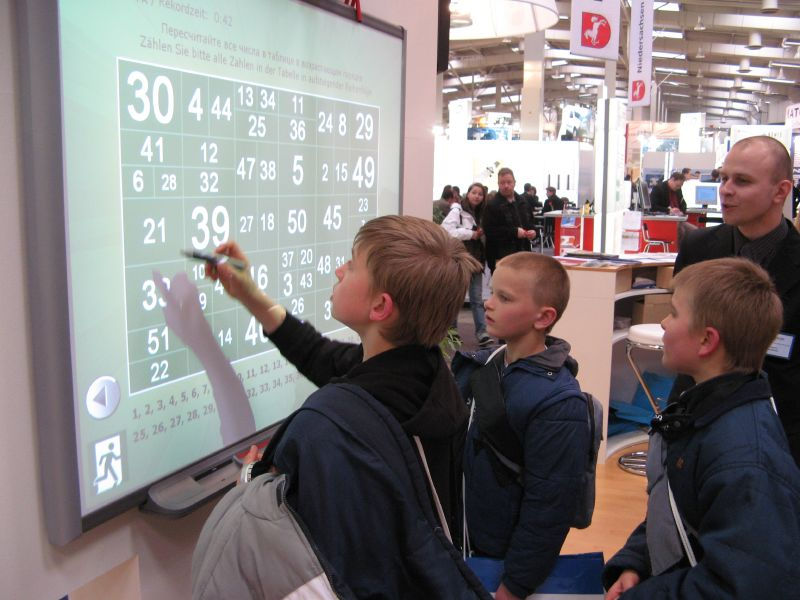 interactive_whiteboard_at_cebit_2007