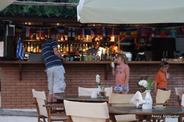 Corfu Club Aparthotel bar