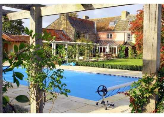 Pet friendly Luxury Holiday Cottages