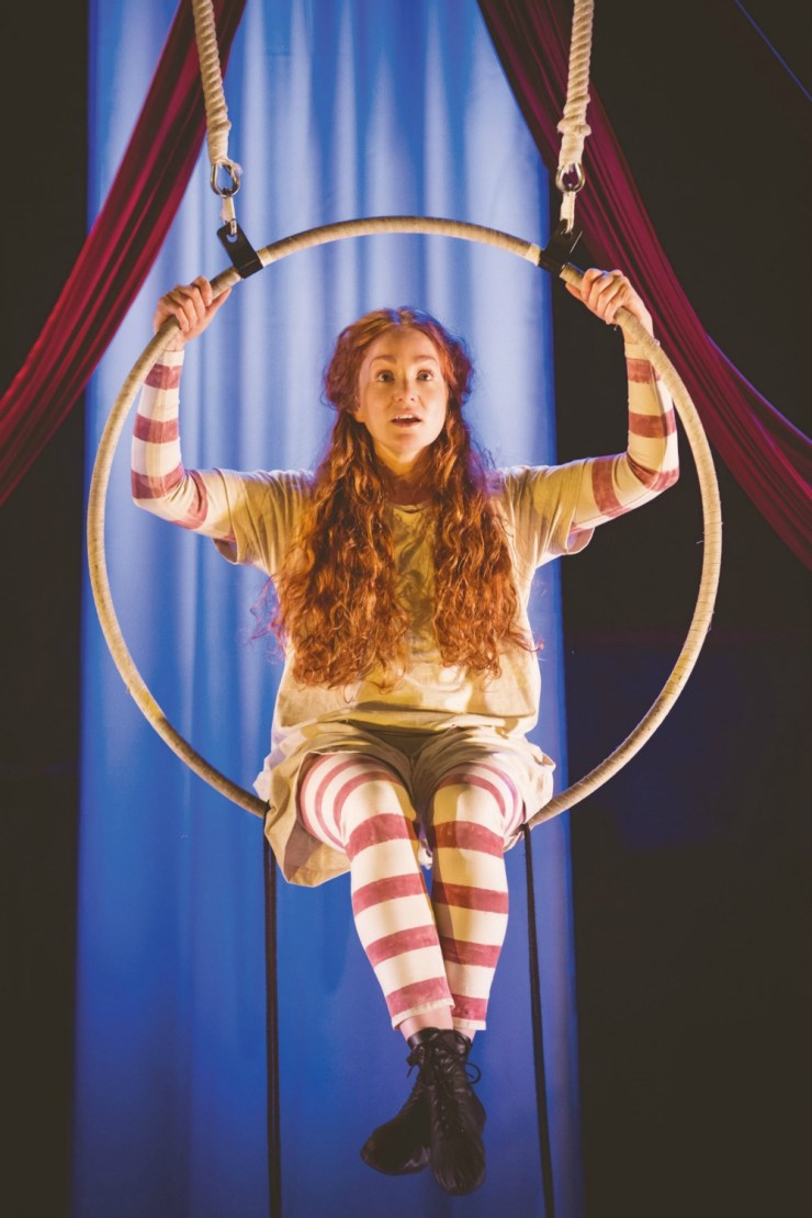 Hetty Feather Family Review At Nottingham Theatre Royal 3