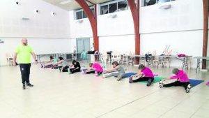 «Les Comédiens du chêne» s'enracinent avec Fitness gym - petitbleu.fr