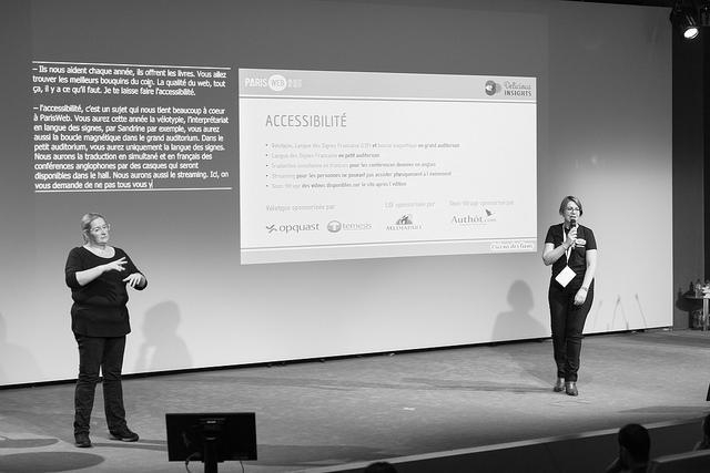 Présentation de l'accessibilité à Paris Web, pendant la conférence d'ouverture de l'édition 2018
