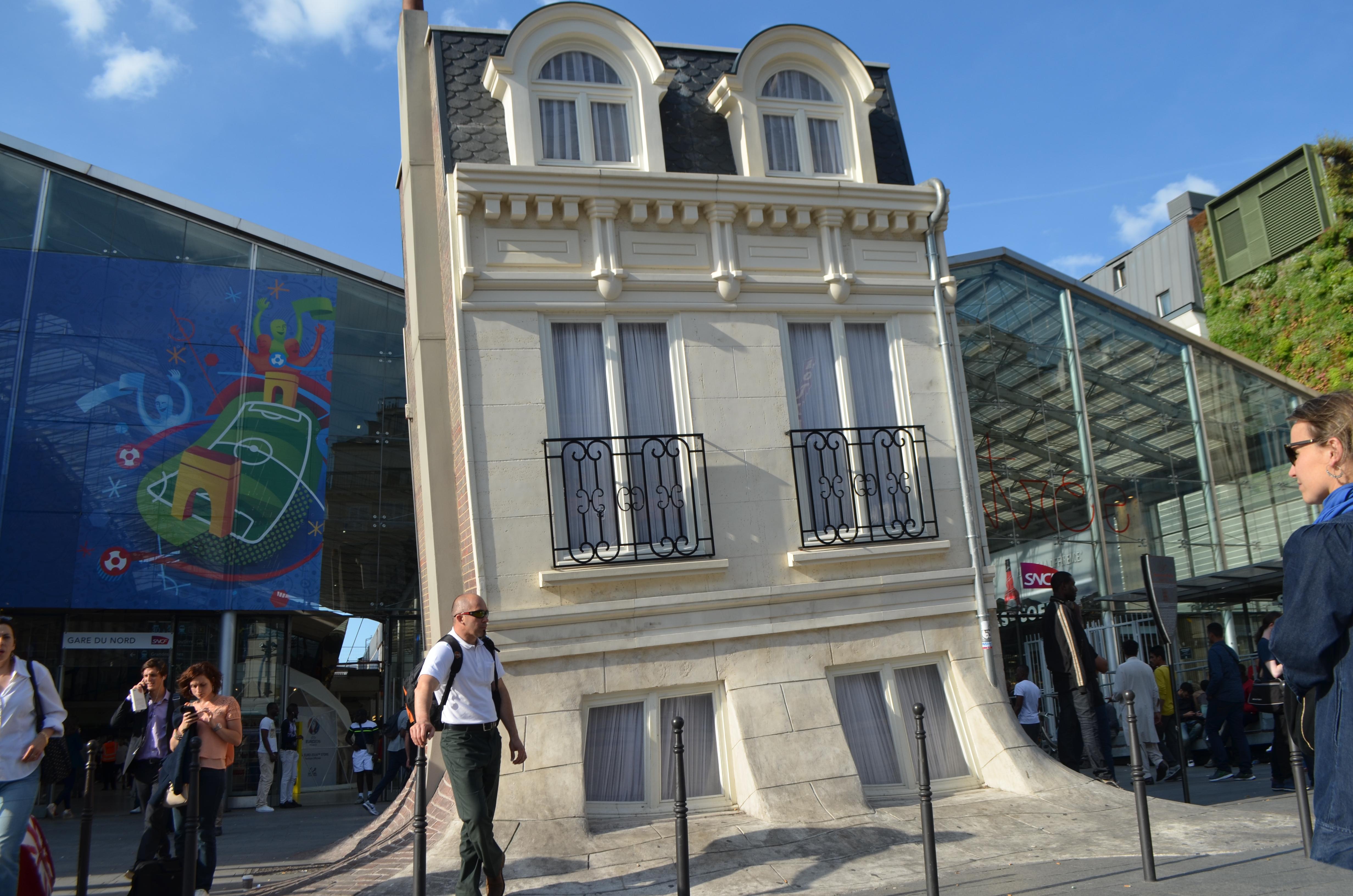Commissariat de police de la gare du nord paris en m tro for Maison du nord