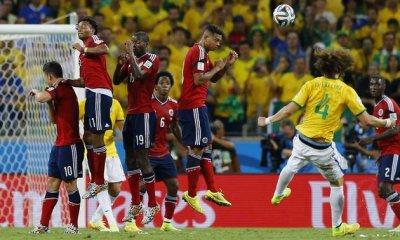 CDM2014- Le superbe coup franc de David Luiz
