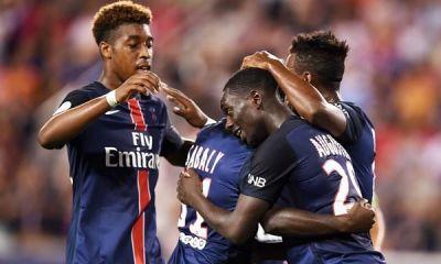 Kimpembe et Augustin très sollicités cet hiver, le PSG veut attendre l'été prochain.